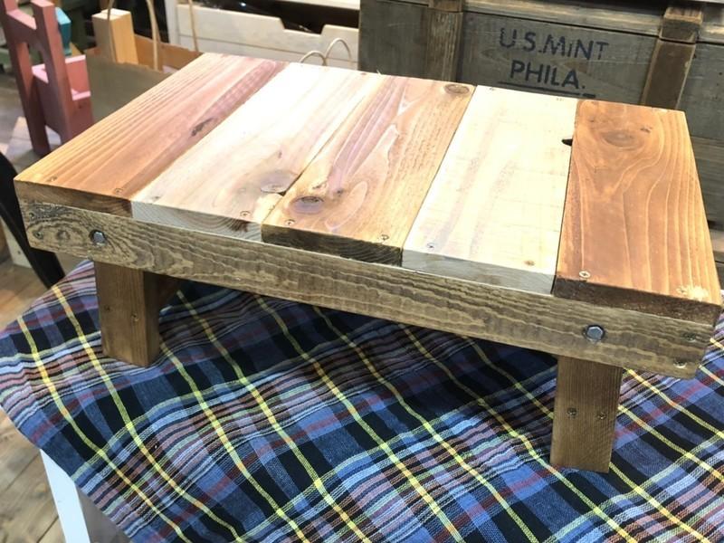 【DIYでHomeParty】②脚が収納できるミニテーブルの画像