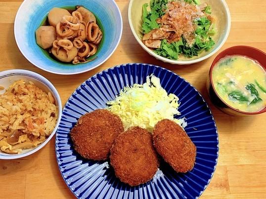 メンチカツ、イカと里芋の煮物など5品!《家庭料理の基本編》の画像