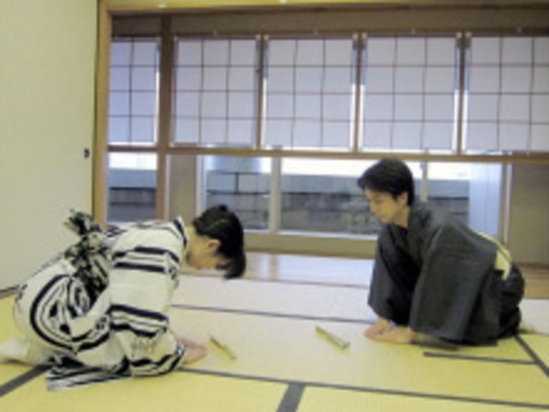 【足立教室】1000円で体験レッスン♪着付けを含む1時間のお稽古の画像