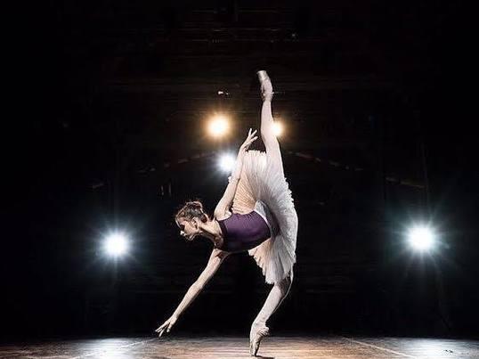 【オンライン】少人数限定おうちでバレエ 学生割引❗️の画像