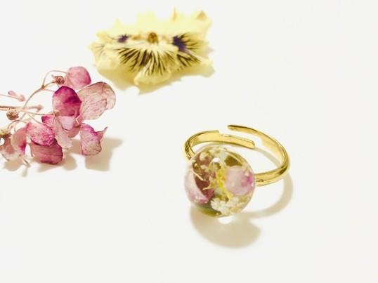 誰でも簡単♪レジンとお花でアクセサリー製作体験*の画像