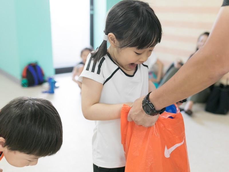 幼児対象 親子で学ぶ 海外体育教師による英語体育プログラムの画像
