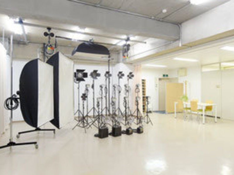 ポートレート撮影コース1-2 光の属性・色・強度・照射角度・光質の画像