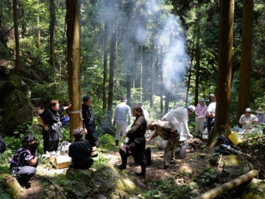 TOKYOジビエvol,3忍者の携行食糧 兵糧丸とジビエ干し肉作りの画像