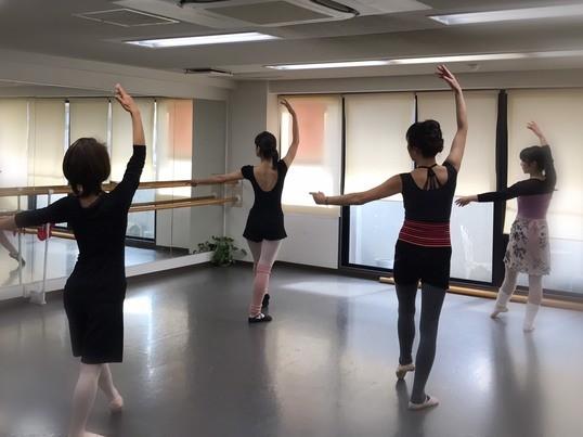 新春キャンペーン☆初めての優しい美容バレエ☆バレエシューズ付きの画像