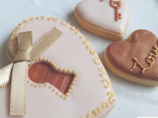 バレンタインアイシングクッキーをたくさん作ろう♥ココア味クリーム♥の画像