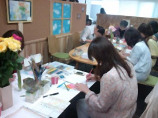 絵画ワークショップ【透明水彩でお花や小物を描こう】の画像