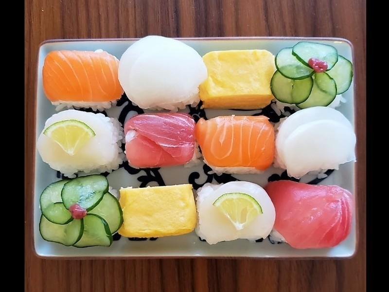 【ひなまつりにも!】華やかキューブ寿司を作るワークショップの画像