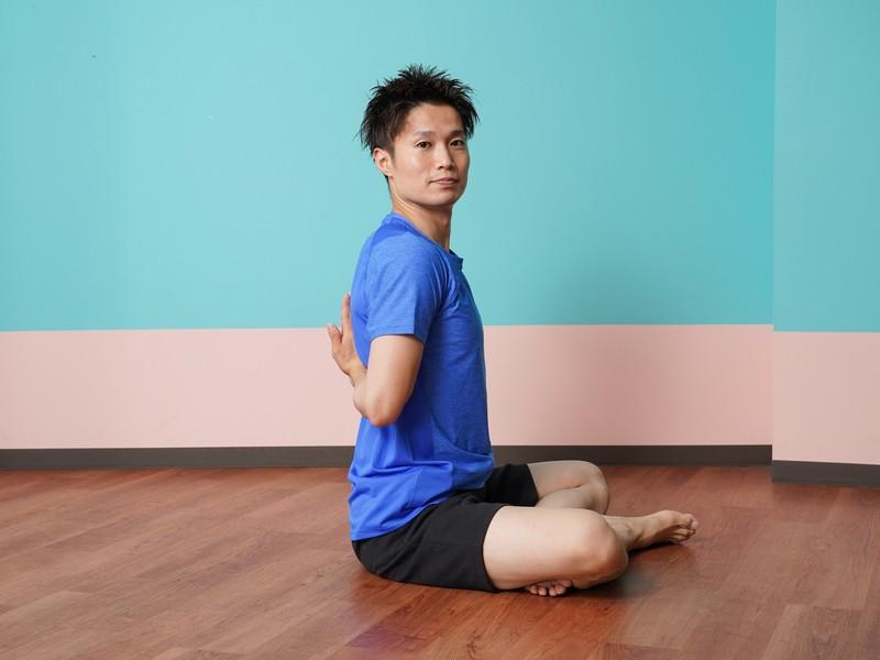 筋膜リリースで肩甲骨はがし!柔軟性・姿勢が1回でガラッと変わる!の画像