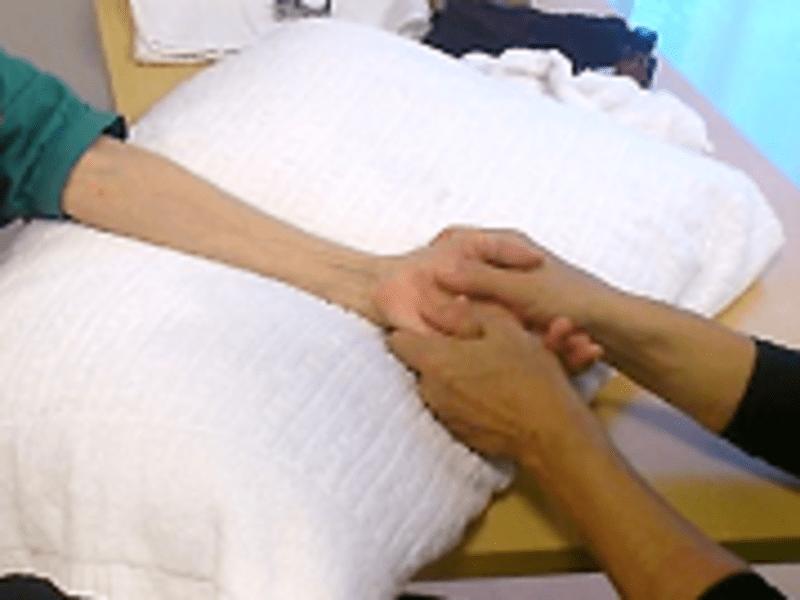 高齢者の施術ができる介護リハビリセラピスト1日講座で資格取得の画像