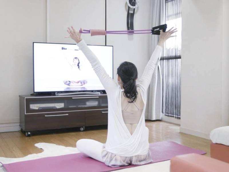 【オンライン】創始者と肩こり緩和美姿勢になるパーソナルチューブヨガの画像