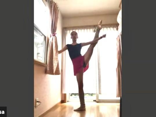 オンラインバレエストレッチの画像