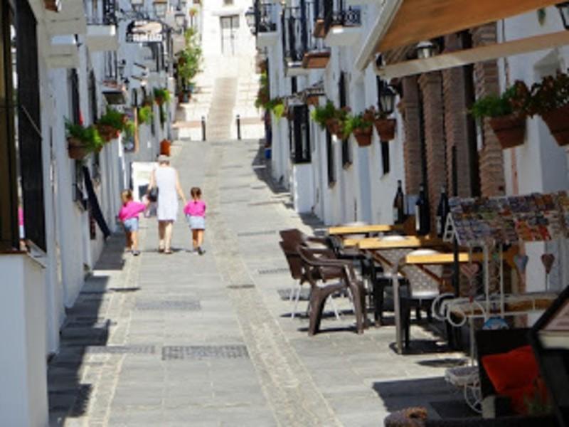 スペイン旅行 一人でプランして旅するコツの画像
