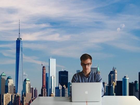 就職・転職に有利!プログラミングでキャリアアップの第一歩!!の画像