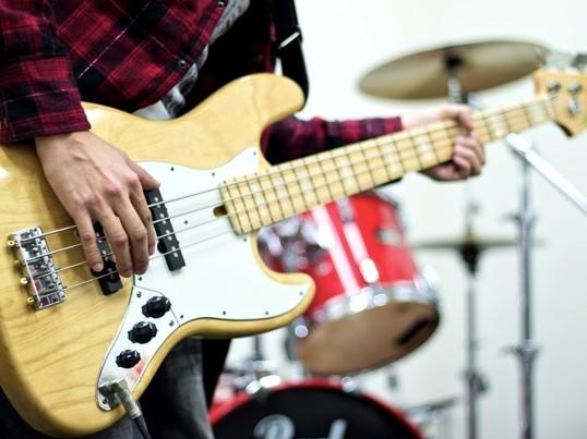 音楽好きが集まる!初心者のためのベース体験!【横浜】の画像