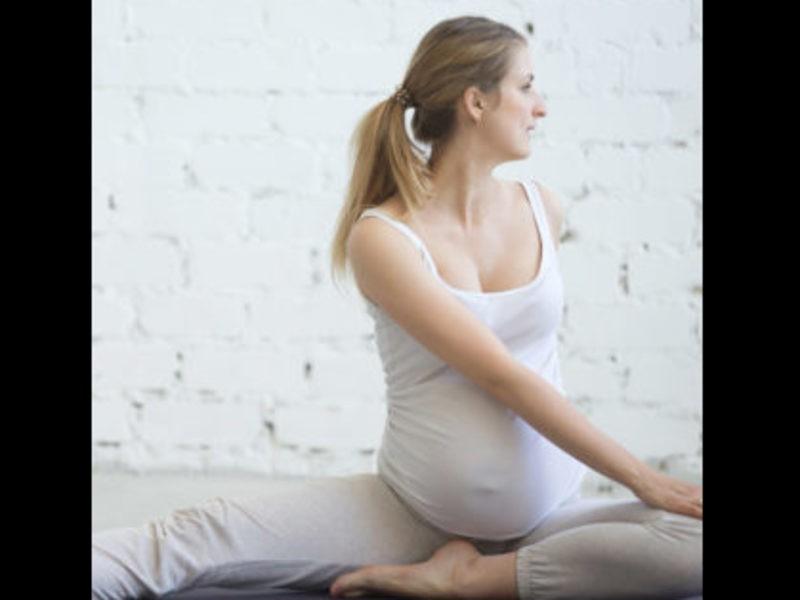 マタニティピラティス  27週まで 妊娠期間別のクラスでより安全にの画像