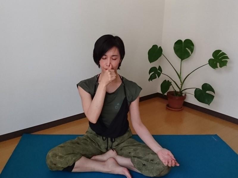 誰でも簡単瞑想&呼吸法☆インド4000年の知恵 の画像