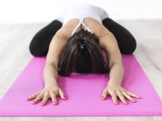 【女性限定】腰痛冷え改善✴︎骨盤を整えるセルフメンテナンスヨガ の画像