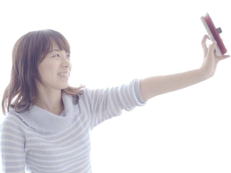 1時間で最高の自撮りが撮れるようになる!『自撮りの撮り方レッスン』の画像