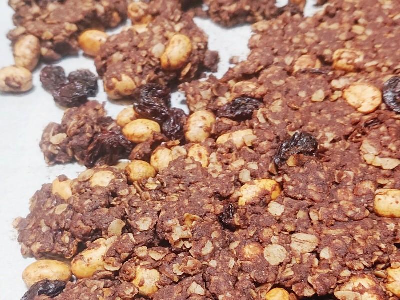 甘いものの付き合い方講座とチョコレートスイーツレシピ4品の画像