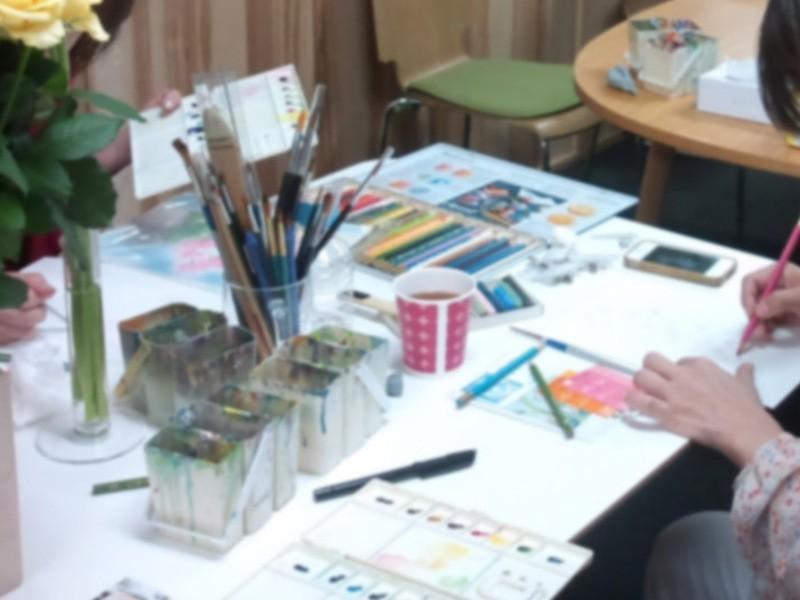 絵の具で遊ぼう!~赤・青・黄色の水彩絵の具でカラフルカード作りの画像