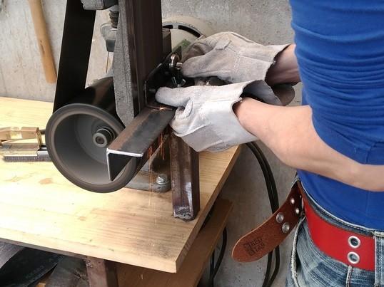 カスタムナイフ制作~ヤスリの中に潜むナイフをヤスリで削り出す~の画像