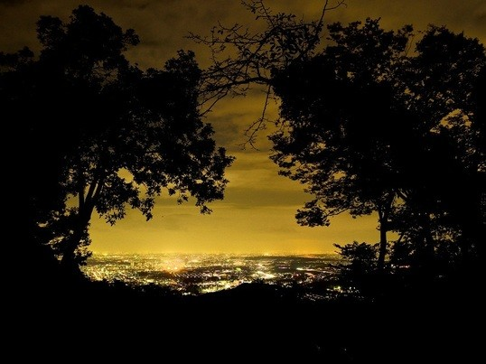 高尾山からの夕陽、ダイヤモンド富士と夜景撮影会の画像