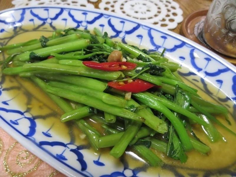トムヤムスープ、春雨サラダ、空芯菜炒めをベジタリアンで作ります!の画像