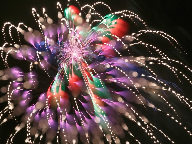 花火をきれいに撮影するコツの画像