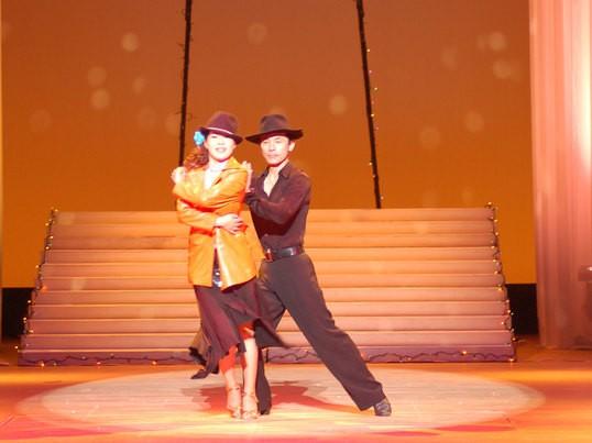社交ダンス入門・初級(ラテン・スタンダード)の画像