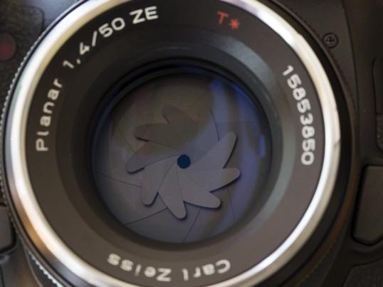 一眼デジタルカメラ基本講座 Lightの画像