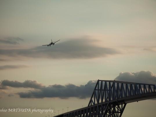 夕景から夜景の東京ゲートブリッジを撮ろうの画像