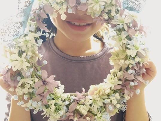母の日に贈ろう~小花のふわふわリースの画像