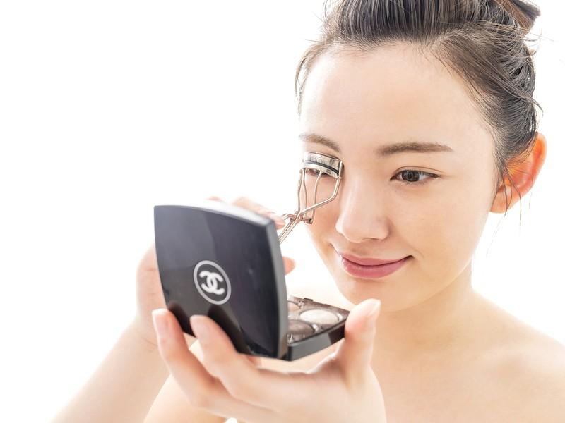 仙台開催『すっぴん肌・美人眉・魅惑のアイメイク講座』1日でマスターの画像