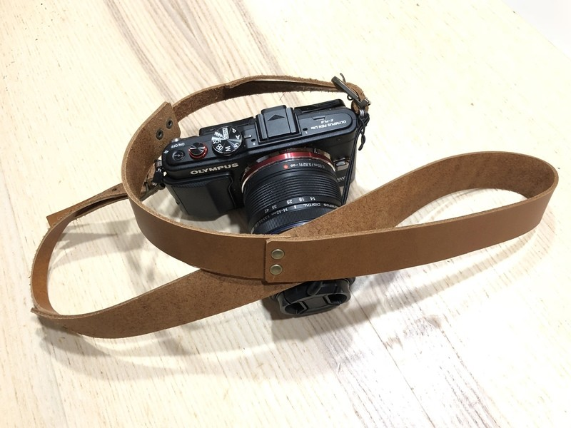カメラ女子に捧げる☆「手作りレザーカメラストラップ」ワークショップの画像