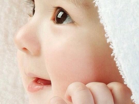 ベビーマッサージで親子のコミュニケーション方法を学びましょう!の画像