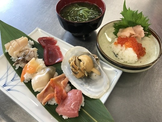 3月8日(金)『いろんな貝を捌いて寿司を握る料理教室』築地の画像