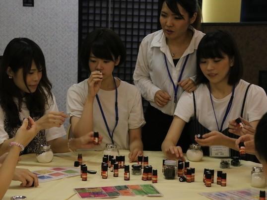 【博多マルイ開催】好きな香りで癒される!手作りアロマグッズ講座の画像