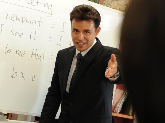 米国人プロ講師が教える英語講座【ゼロからできる英会話キックオフ編】の画像