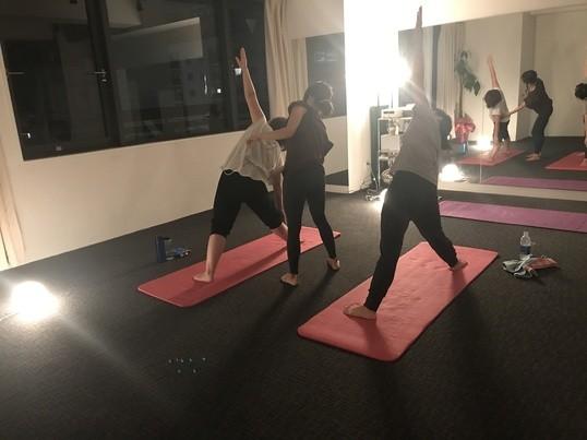 初心者yogaレッスン の画像