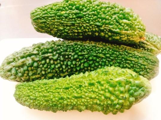 夏の旬野菜『ゴーヤ』で3品作ります!!!の画像