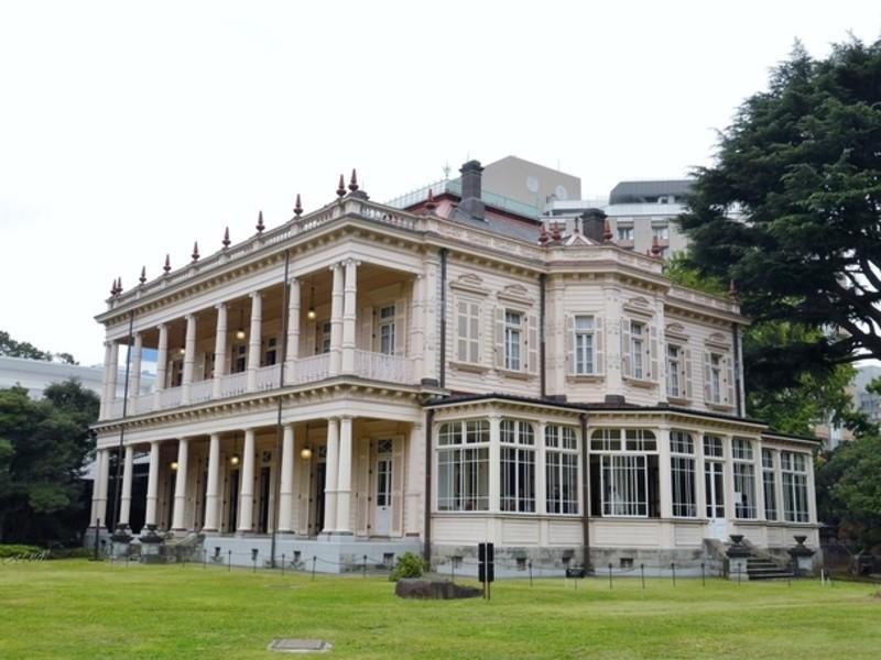 「初歩の初歩の江戸教室 湯島天神の梅と上野東照宮のぼたん」の画像