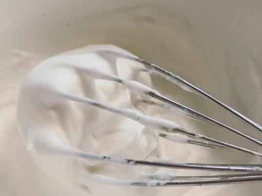 ヴィーガンメレンゲで作る 【グルテンフリー&ヴィーガンパンケーキ】の画像
