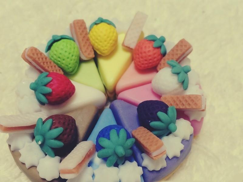 【型を使って】*粘土のカットケーキとフレンチクルーラーを作る*②の画像