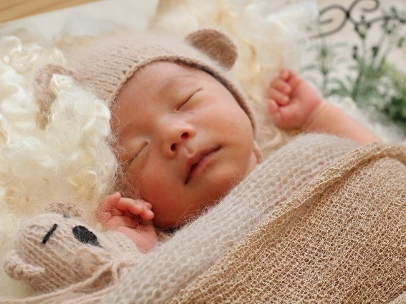 ニューボーンフォト@横浜:生後2週間前後の可愛い我が子の写真を残すの画像