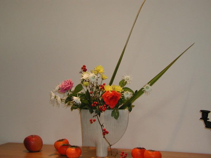 本格的な創作生け花の喜びを貴方に!草月流生花体験教室 世田谷豪徳寺の画像
