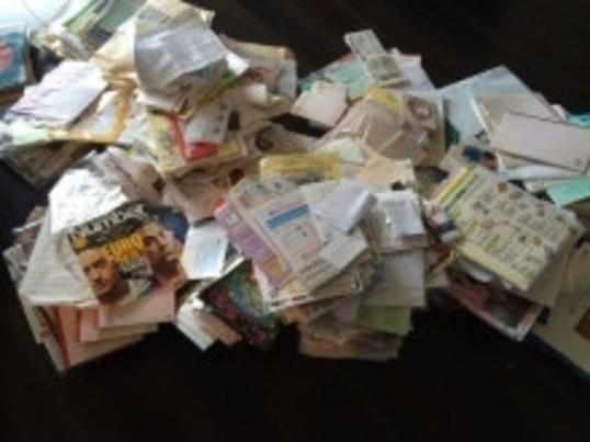 山積み紙類、書類をスッキリ収納!&アロマの力でリセットライフを!の画像