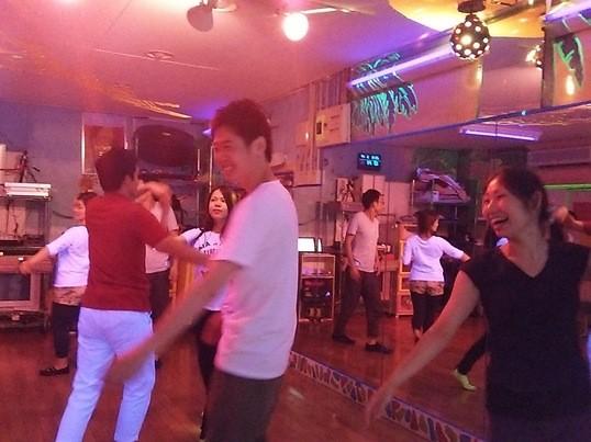 感じるサルサ&ブラジリアンダンス【歩くようにペアで踊ってみよう】の画像