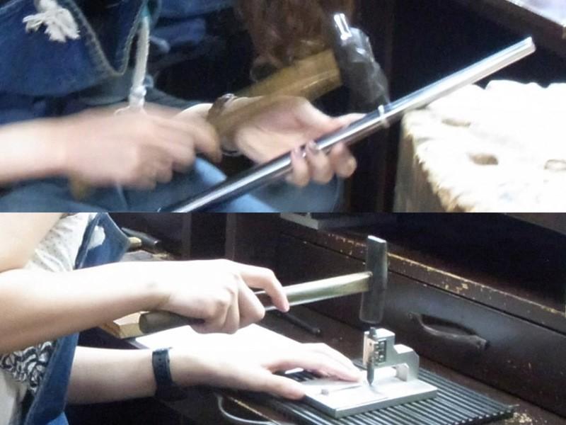 定番「槌目(つちめ)」と「刻印」の手作りシルバーリング♪の画像
