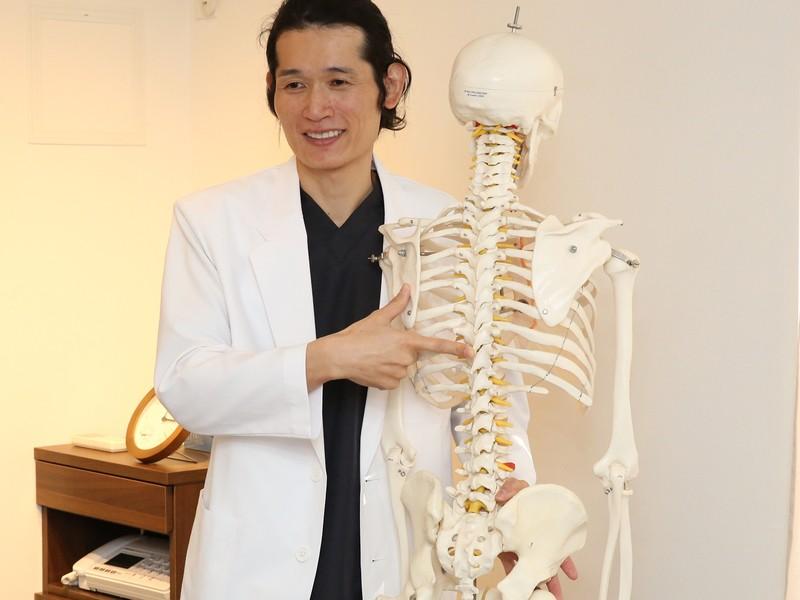 側弯症、猫背を改善する講座の画像